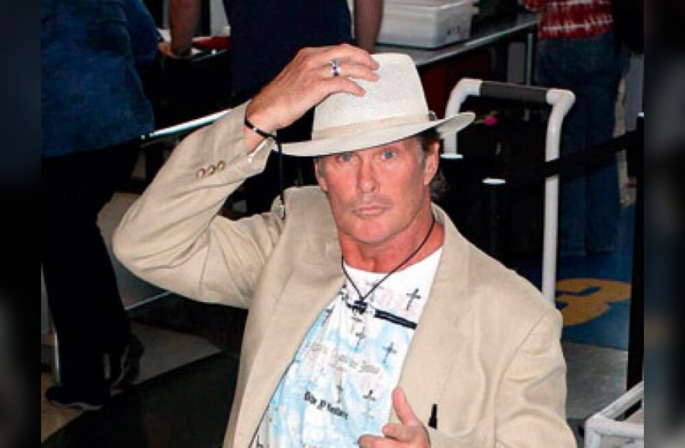 David Hasselhoff sai alkoholimürgituse