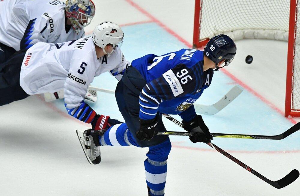 Mikko Rantanen (Soome) viskab USA-le värava