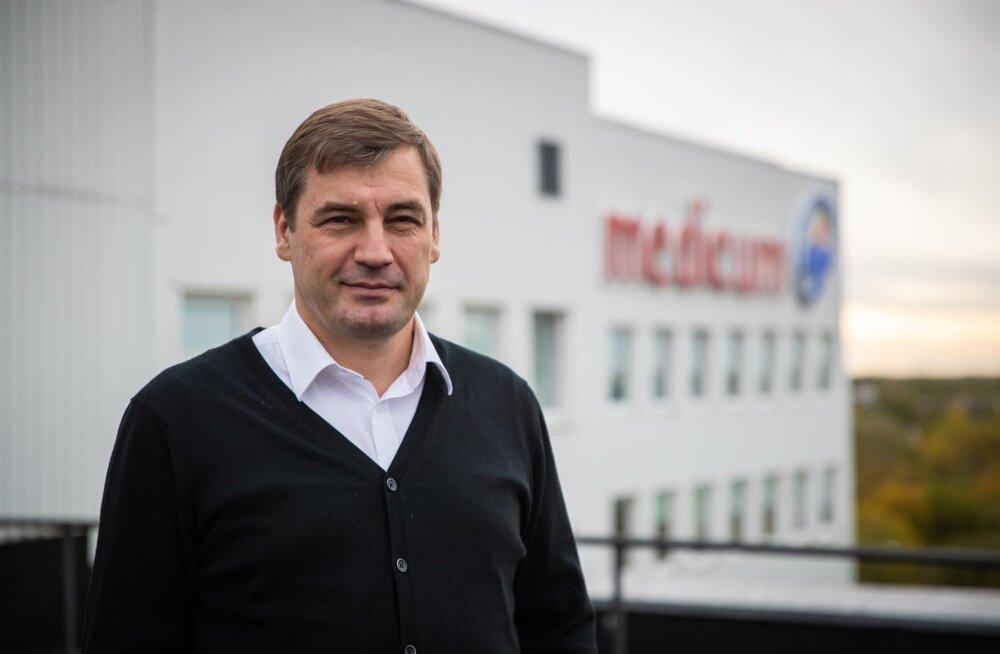 Kriminaalasja tõttu PERH-i juhi kohalt lahkunud Tõnis Allik juhib nüüd Medicumi tervisekeskust.