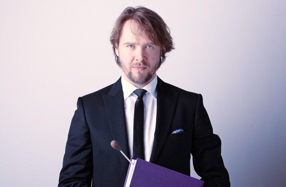Mihkel Kütson töötab Krefeldi ja Mönchengladbachi ühendatud teatrite peadirigendina 2012/13. hooajast.