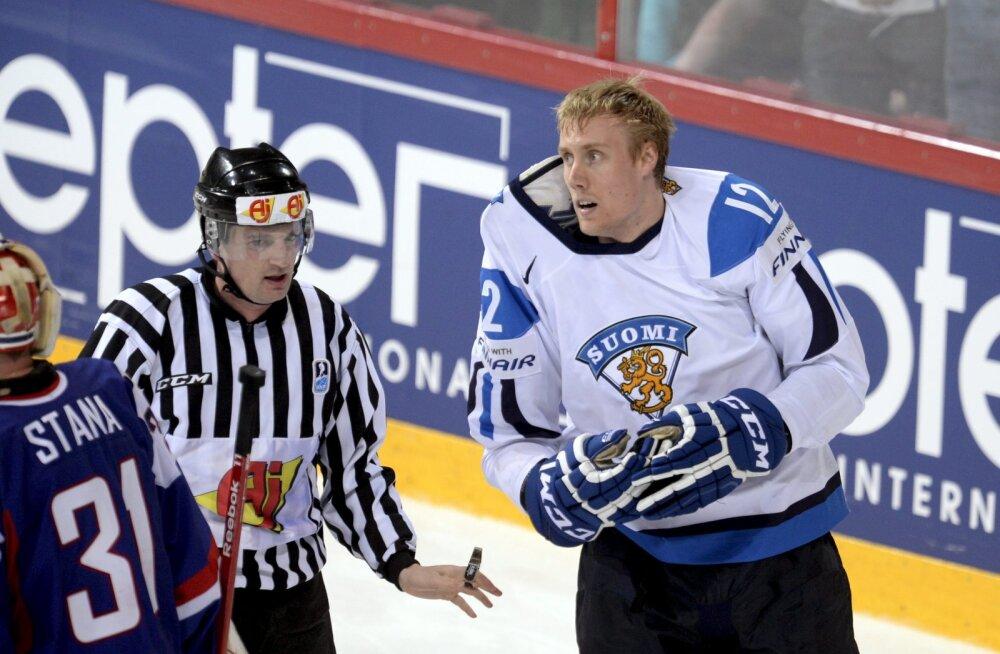 VIDEO | Peagi Tallinnasse tulev Soome hokihiiglane pidas KHL-is maha tigeda rusikavõitluse