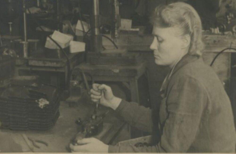 Tule ajalukku! | 1937: Revolutsiooniline masin teeb 30 000 naist õnnelikuks