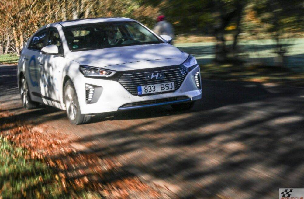 Maailma Naiste Aasta Auto 2017 tiitli võitis ülidramaatilises konkurentsis Hyundai Ioniq