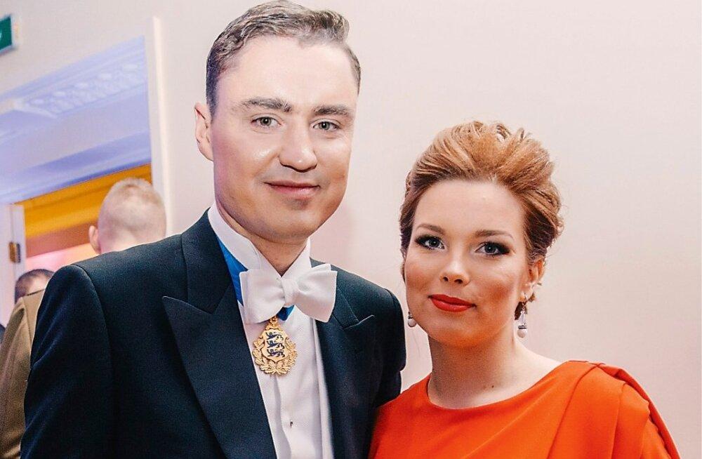 Опубликованы фото и видео со скандальной свадьбы в Грозном 57