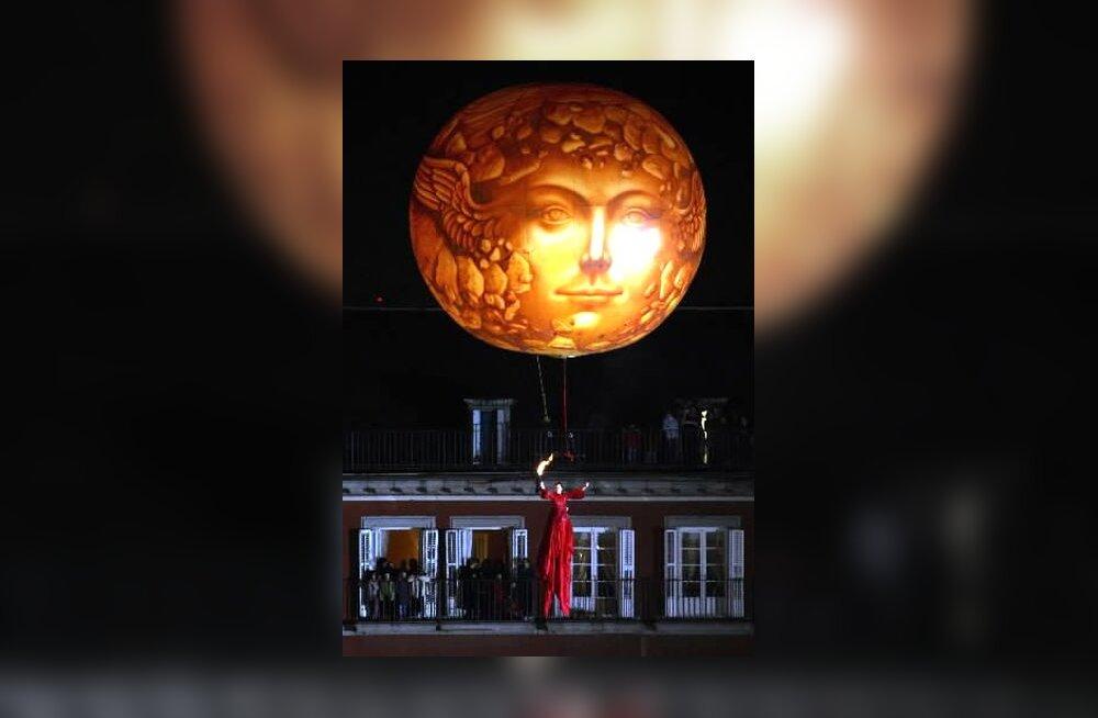 Õhupall ilmumispüha ehk epifaania paraadil Madridis