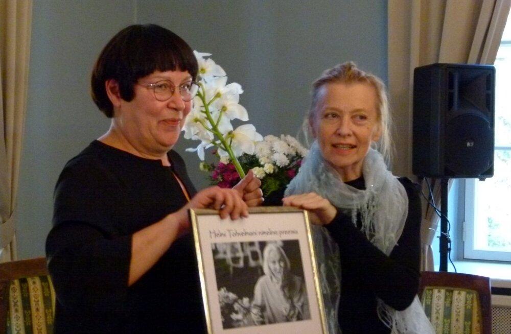 Helmi Tohvelmani ja Marika Vaariku ühistants