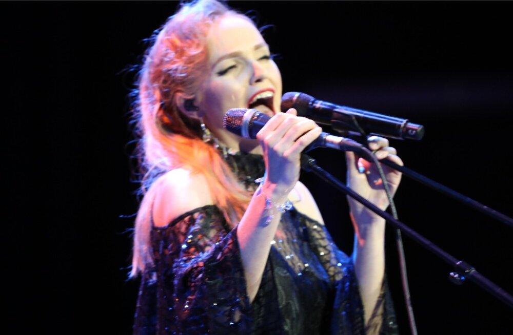 Kadri Voorand esitas kontserdil ka enda lugusid.