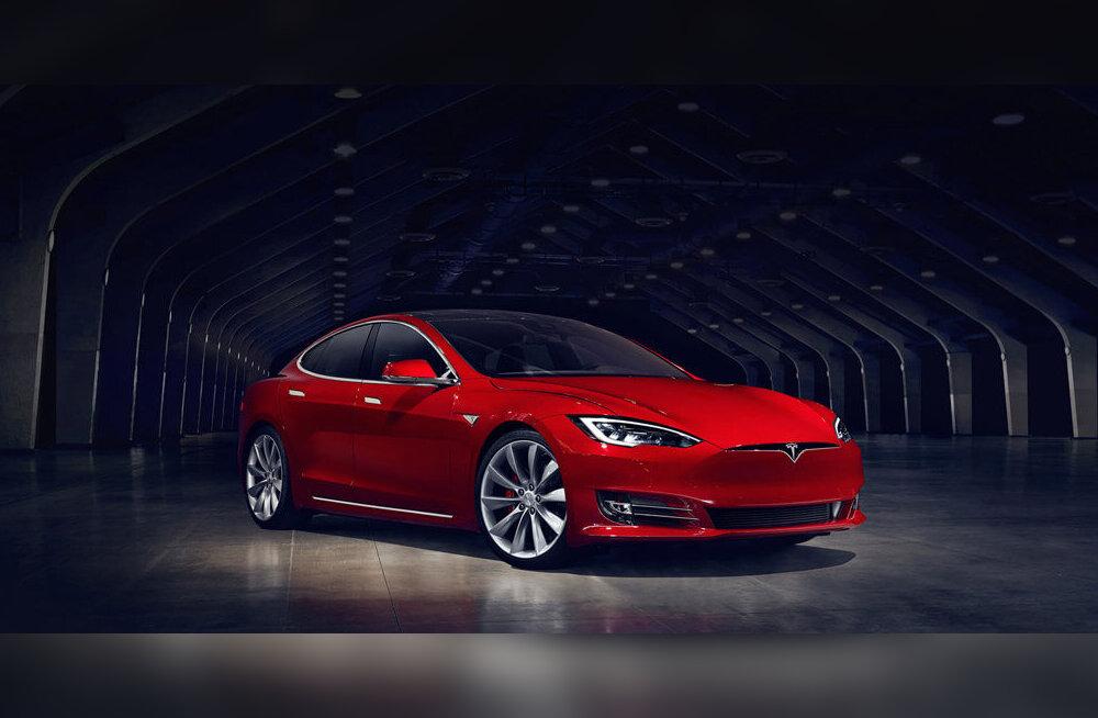 """""""Et segadusi vältida"""": odavaim Tesla auto kaob müügilt"""