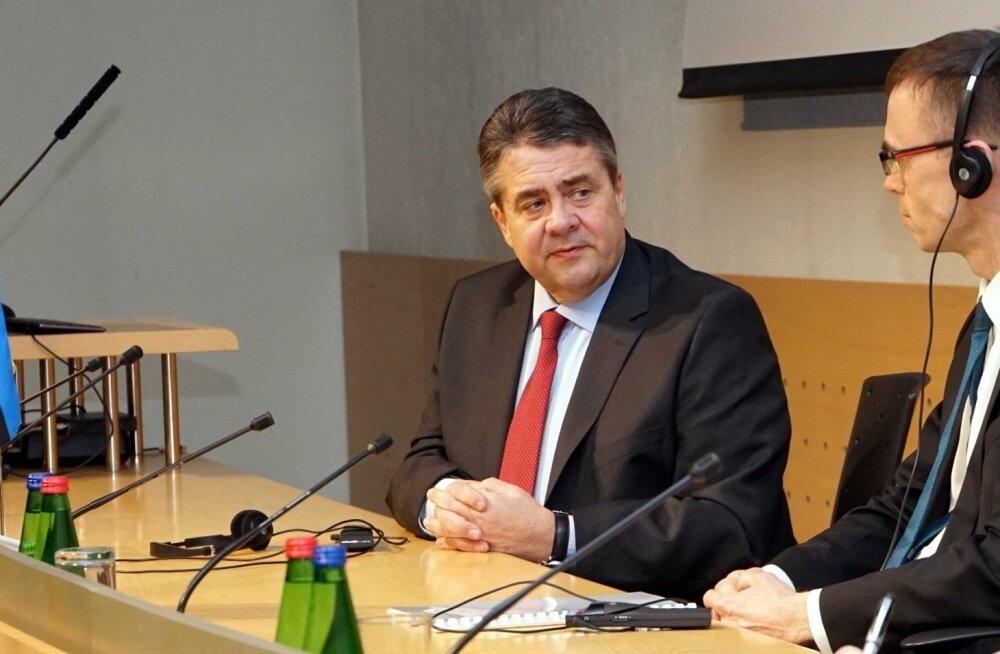 Глава МИД ФРГ рассказал, когда ЕС начнет снимать санкции с России