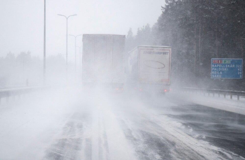Lumine maantee