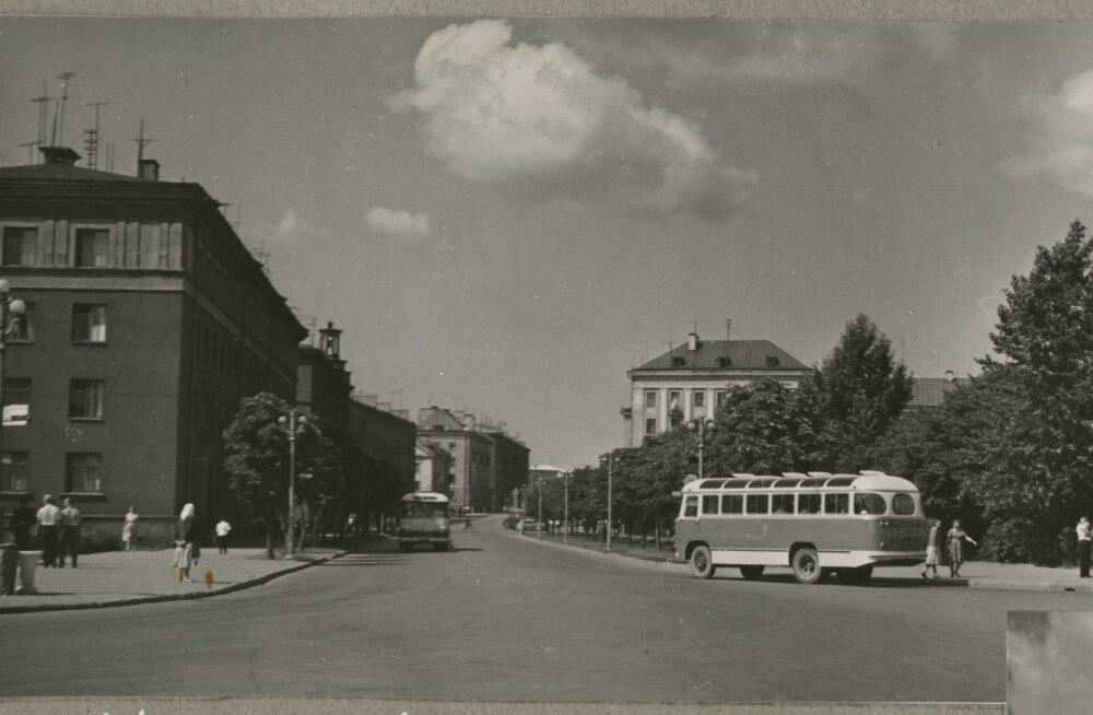 АРХИВНЫЕ ФОТО: Как выглядела восстановленная после Второй мировой войны Нарва