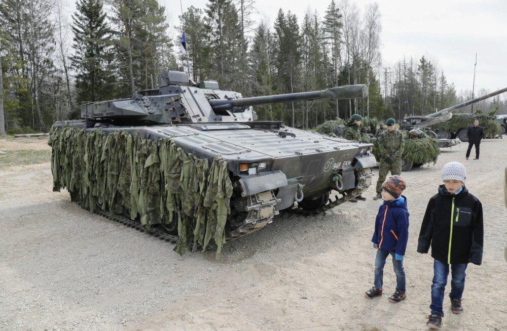 Seniostetud CV90 lahingumasinaid on seni hooldatud ja remonditud Rootsis. Tulevikus saavad seda teha ka Eesti firmad.