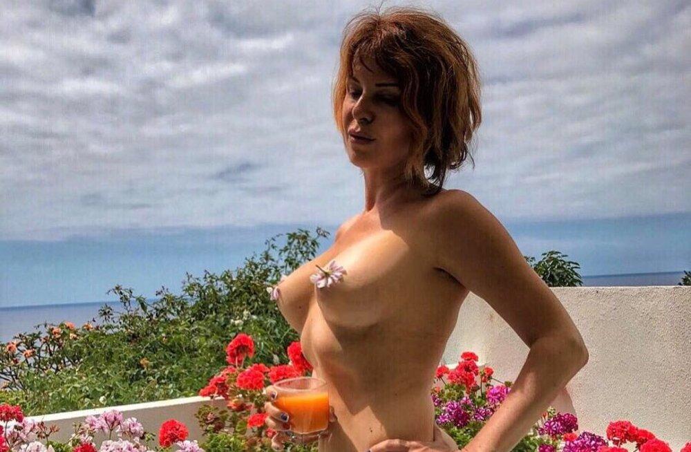 ФОТО: 51-летняя Наталья Штурм полностью обнажилась