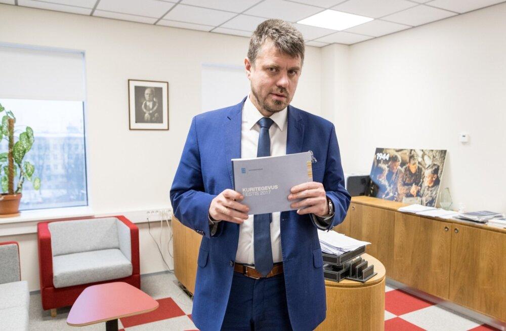 Urmas Reinsalu sõnul on välismaalasest kurjategija riigist väljasaatmise eesmärk tagada, et ta ei jätkaks Eestis kuritegusid.