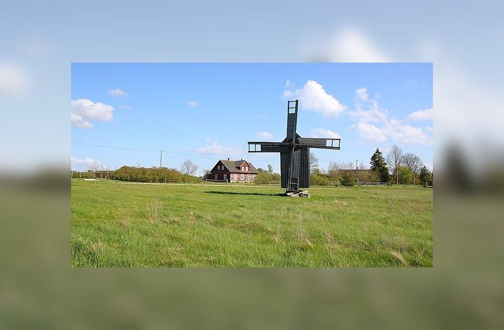 Tuuleveski Rälby külas Vormsil.