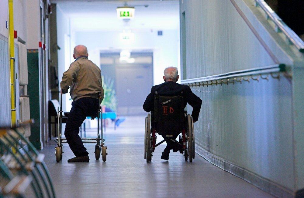 Eesti hooldekodudes on ligi 8000 kohta. Kõik neist pole täidetud, sest paljudel käib selle eest tasumine üle jõu.