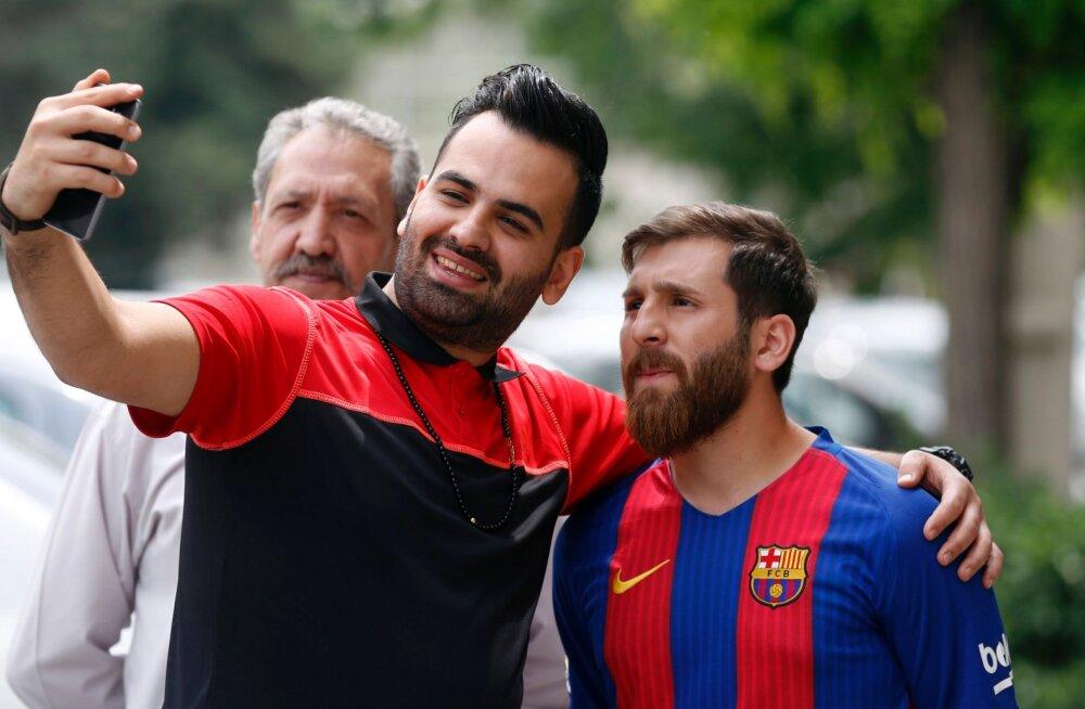 Lionel Messi teisik vahistati Punasel väljakul
