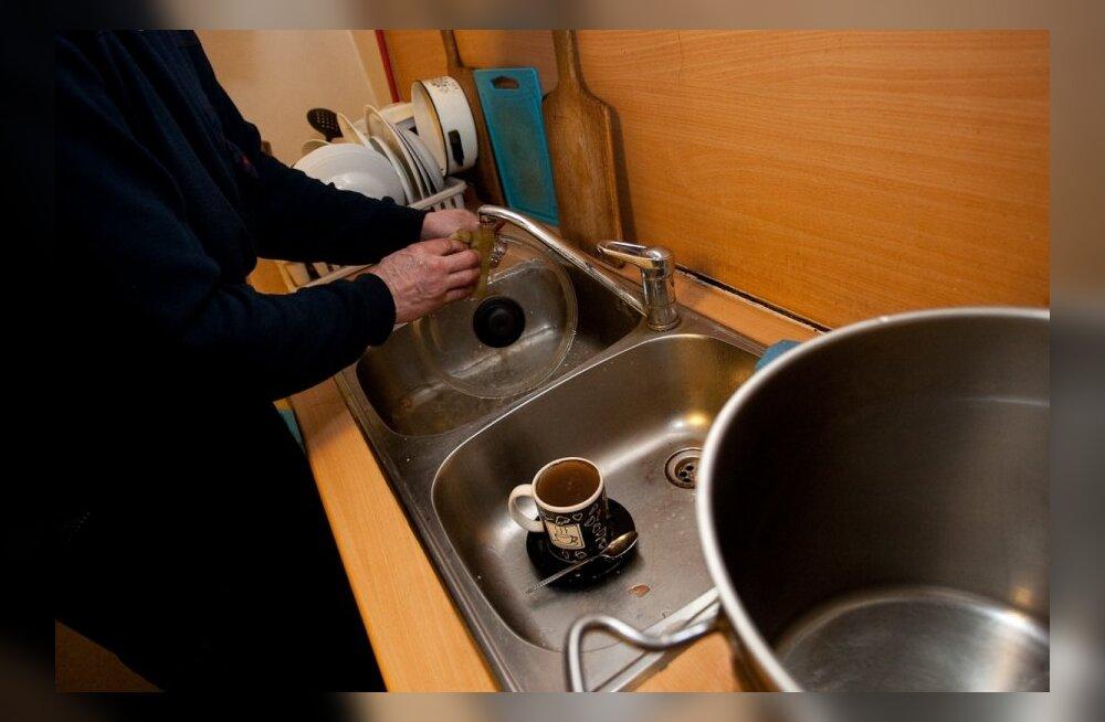 Ohtlik põhjus, miks ei tohiks nõudepesukäsna mikrolaineahjus puhastada