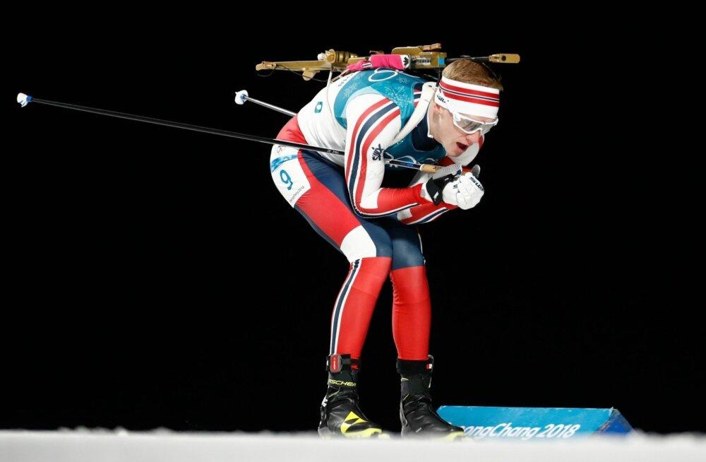 Johannes Thingnes Bö tuiskamas olümpiakulla poole.