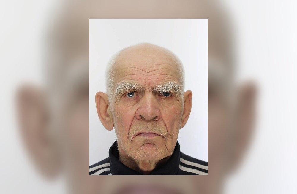ФОТО: Полиция просит помощи в поисках 80-летнего Владимира
