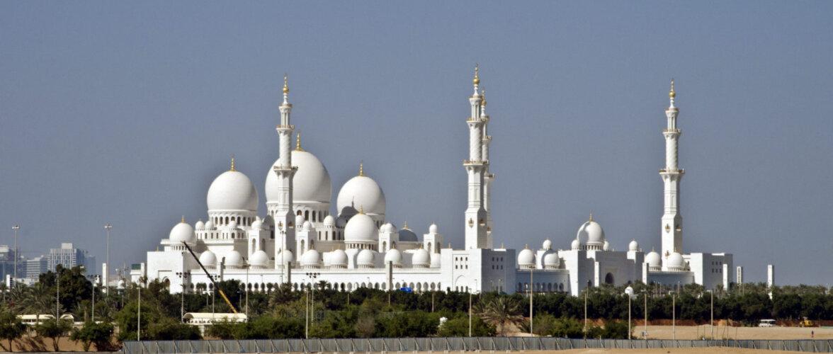 Шикарный отпуск в Абу-Даби: стоимость авиабилетов из Таллинна начинается от 268 евро!