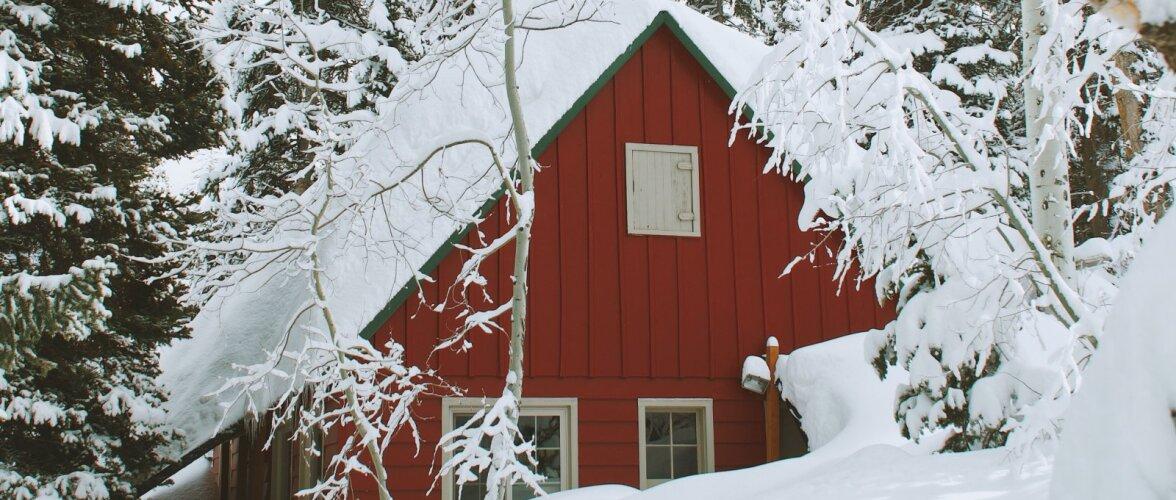 Enne külmade saabumist vajab katus kindlasti tähelepanu — hooldamata katus nõrgestab kandekonstruktsioone