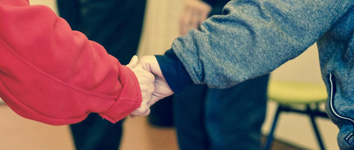 Parkinsoni tõbi: haigushoog tähendas, et olid möödas nii tööelu kui ka võime sümptomeid ravimitega kontrolli all hoida
