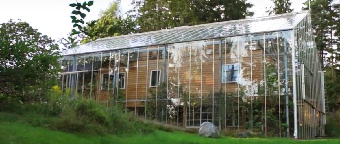 VIDEO   Majale kasvuhoone ümber ehitanud pere naudib ka sügisel suvesoojust