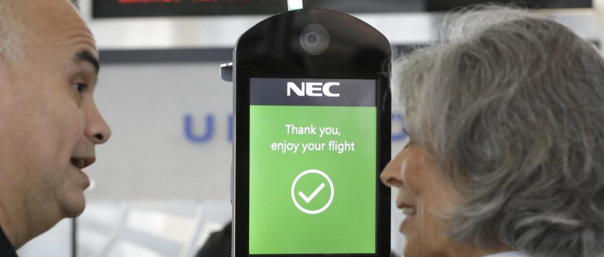 В японских аэропортах туристов будут распознавать по лицам