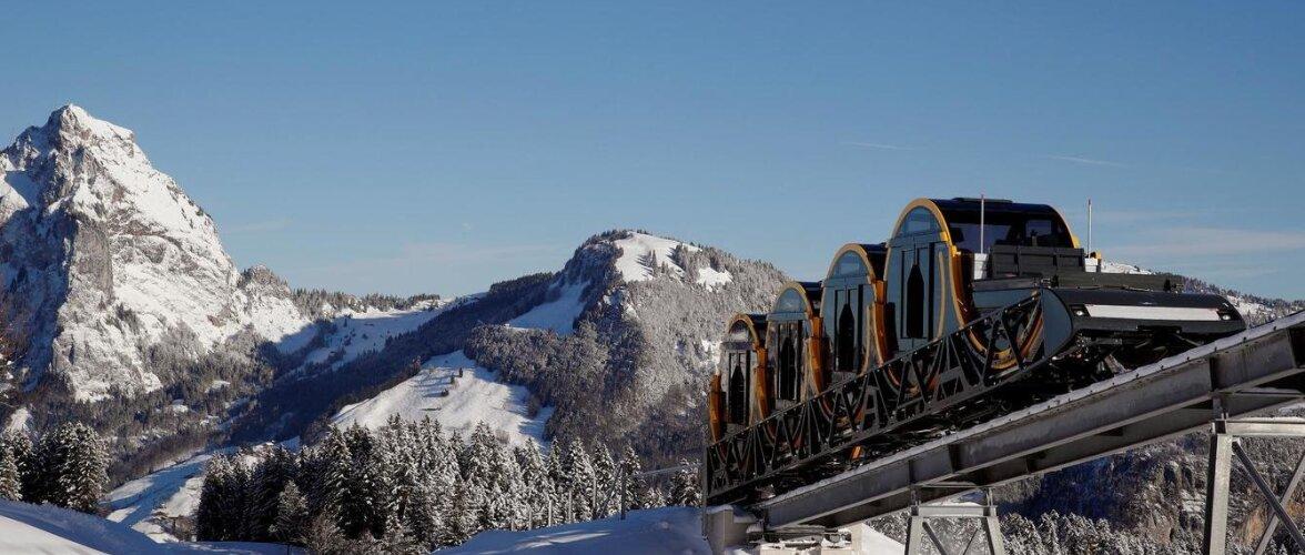В Швейцарских Альпах открылся самый крутой (во всех смыслах) фуникулер