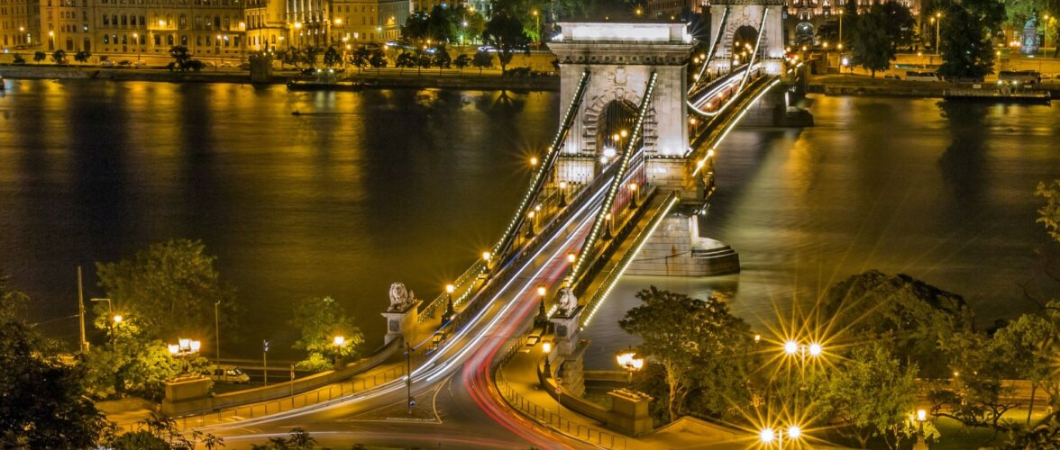 KAUGKONTOR SOOJAL MAAL | Parimad linnad maailmas, kus eemalt tööd teha