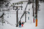 Ehkki ilmataat pole lumega viimasel ajal kuigi lahke olnud, jagub Nõmmel seda küllaga.