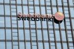 Swedbanki juhi kiire ametist lahkumise võis põhjustada seotus kahtlaste kinnisvaratehingutega