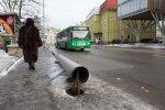 Pärnu maanteel ümberkukkunud läbiroostetanud post
