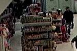 FOTOD: Politsei hoiatab müüjatelt raha väljapetva kelmi eest