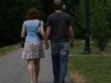 Pargis jalutanud naisele tuli vastu abikaasa teise naisega