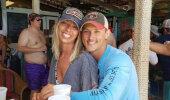 FOTOD | Naera puruks! Paar palus kihluspildilt särgita mehe eemaldada ja inimeste fantaasia läks tööle