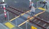 VIDEO: Tõeline vedamine! Naine pääseb ülinapilt rongi alla jäämisest