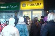 FOTO: Humana uus kaup meelitab ostjaid ligi nagu kärbseid
