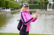 Loo autor Ingrid Veidenberg on Pokémon Go mängus kehastunud tegelaseks nimega Inksu001  ja püüab Kadrioru pargis usinasti Pokémone.