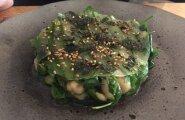 Aasiapärane krevetisalat üllatas nii maitse kui ka serveeringuga.