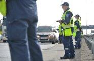 Пойманного пьяным за рулем на Хийумаа полицейского освободят от должности