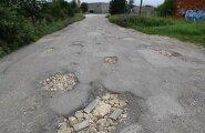 ФОТО и ВИДЕО DELFI: По этой ласнамяэской улице можно проехать лишь на вездеходе