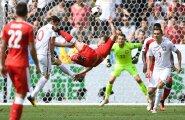 Xherdan Shaqiri trahvikasti joonelt ülepea tehtud käärlöök täpselt posti kõrvale oli EM-i kauneim värav, kuid tolku sellest polnud. Šveits kaotas 1/8-finaalis penaltitega Poolale ja pakkis asjad.