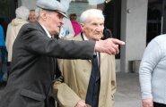 Väärikate kolledži lõpetas ka 99aastane mees
