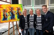 Lily, Leila ja Liina Luik koos Karl Markus Antsoniga