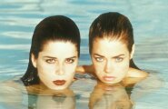 Neve Campbell, Denise Richards