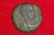 Arheoloogid leidsid Jaapanis kindluse varemetest münte, mille teekond sinna on suur mõistatus