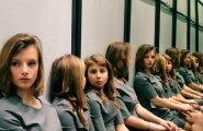 NETIHITT: Foto, mis ajab segadusse! Mitu tüdrukut on pildil?