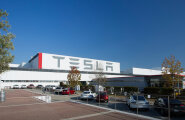 """Tesla lubab oma tehase """"orjaskandaaliga"""" tõsiselt tegeleda"""